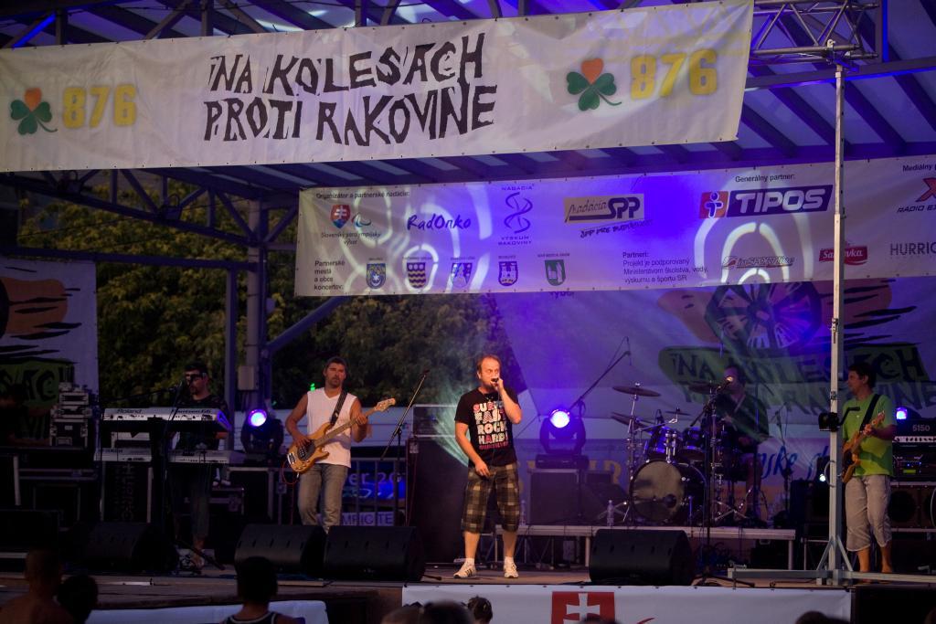 2011_na_kolesach_tour_-_michalovce_18_8_-_09