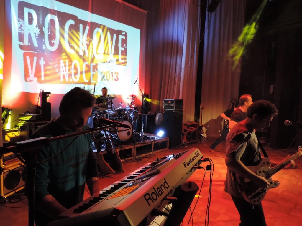 Rockové Vianoce - foto od I. Baďuru 01